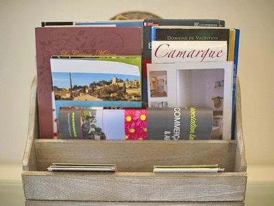 Reisezubehör: Bücher, Spielzeug für die Frankreich Reise