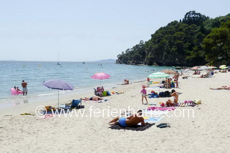 am Strand von Le Rayol Canadel