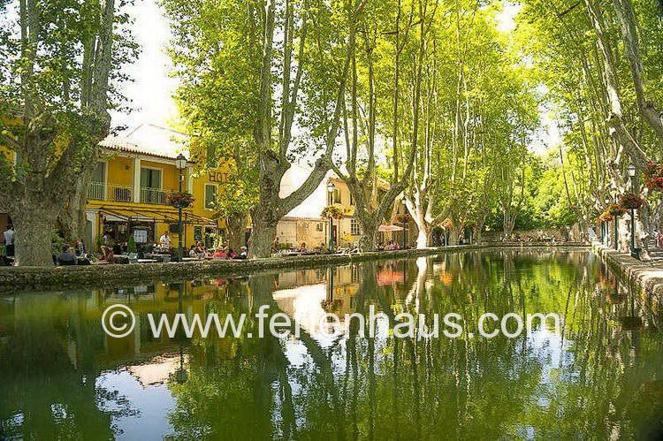 in Cucuron im südlichen Lubéron, Provence, Südfrankreich