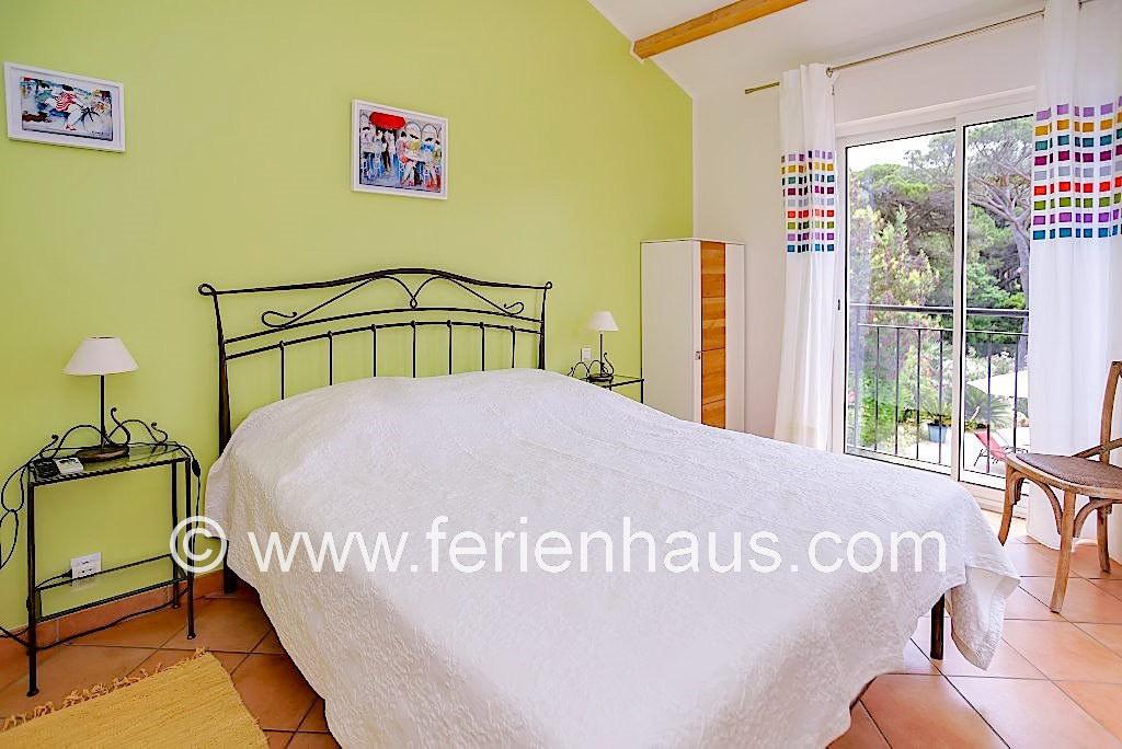 Ferienhaus Südfrankreich, privater Pool, moderne Schlafzimmer