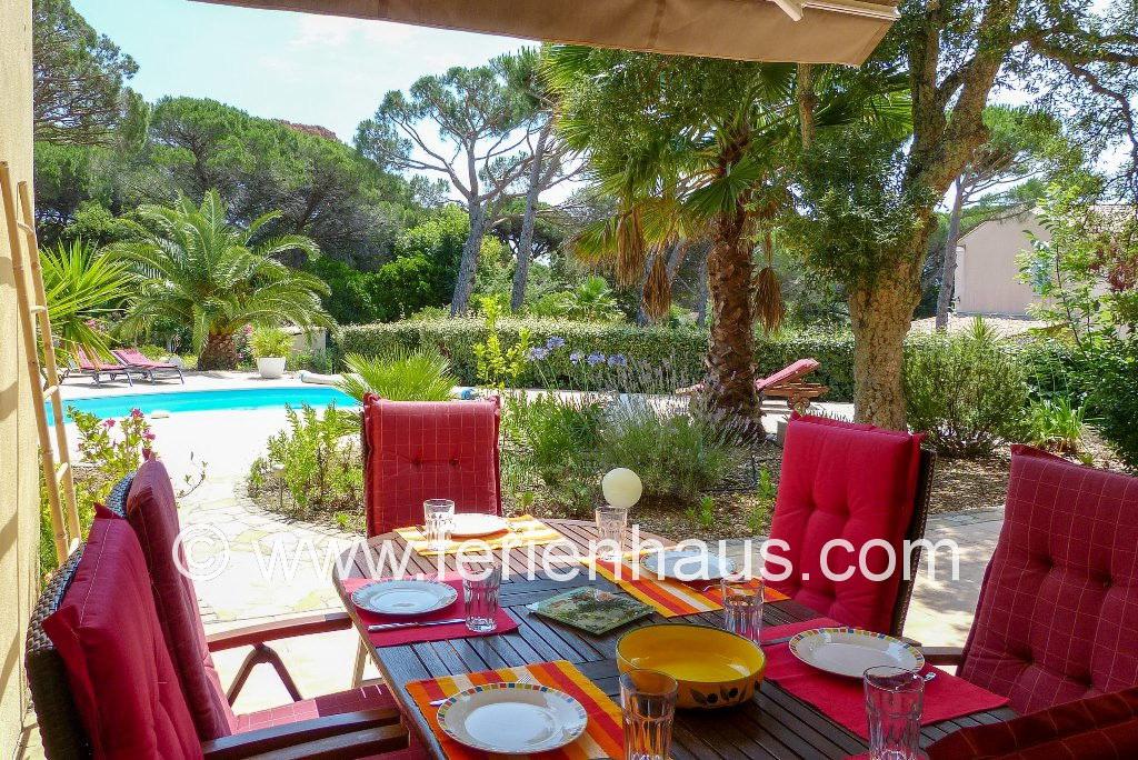 Ferienhaus Südfrankreich, Pool, große Terrasse