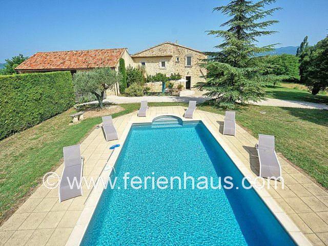 Ferienhaus Provence mit privatem Swimmingpool bei Roussillon