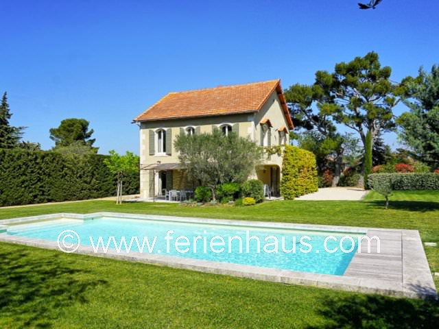 Ferienhaus mit privatem Swimmingpool in Eygalières, Provence, Südfrankreich