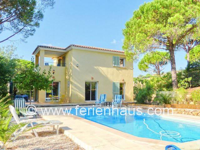 Freistehendes Ferienhaus mit privatem Pool, strandnah, in Les Issambres, Südfrankreich
