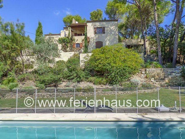 Freistehendes Ferienhaus mit privatem Swimmingpool, Ménerbes, Provence