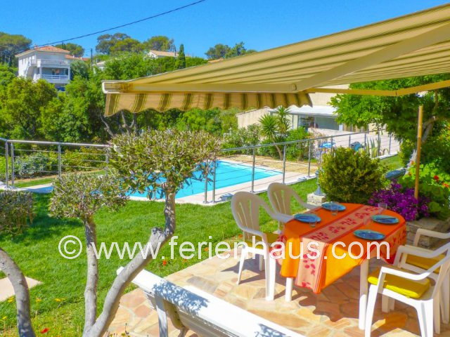 Ferienwohnung im EG einer Villa, Pool zur Mitbenutzung, St. Aygulf
