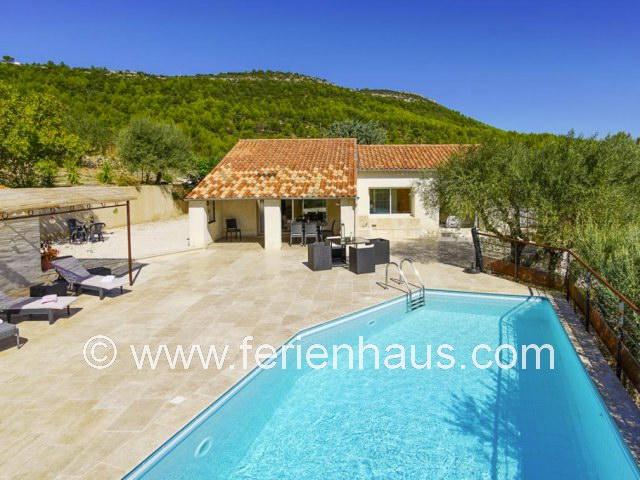 Ferienhaus mit privatem Pool in Sollies Toucas bei Hyères, Südfrankreich