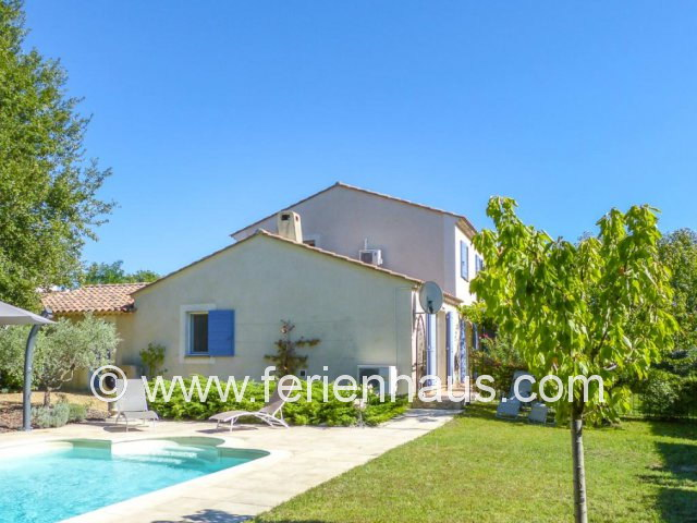 Ferienhaus mit privatem Pool in Oppede, Provence